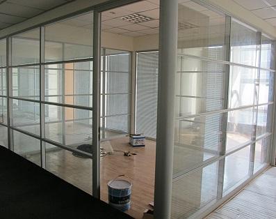 重庆办公玻璃隔断墙