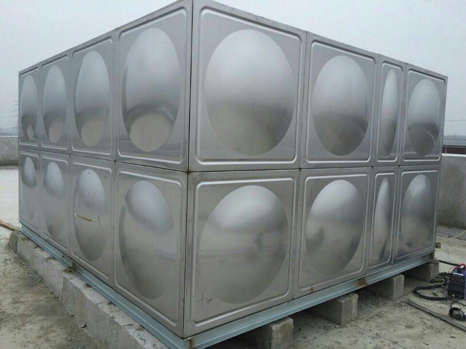 屋顶生活水箱