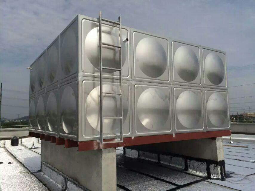4×4×2不锈钢水箱