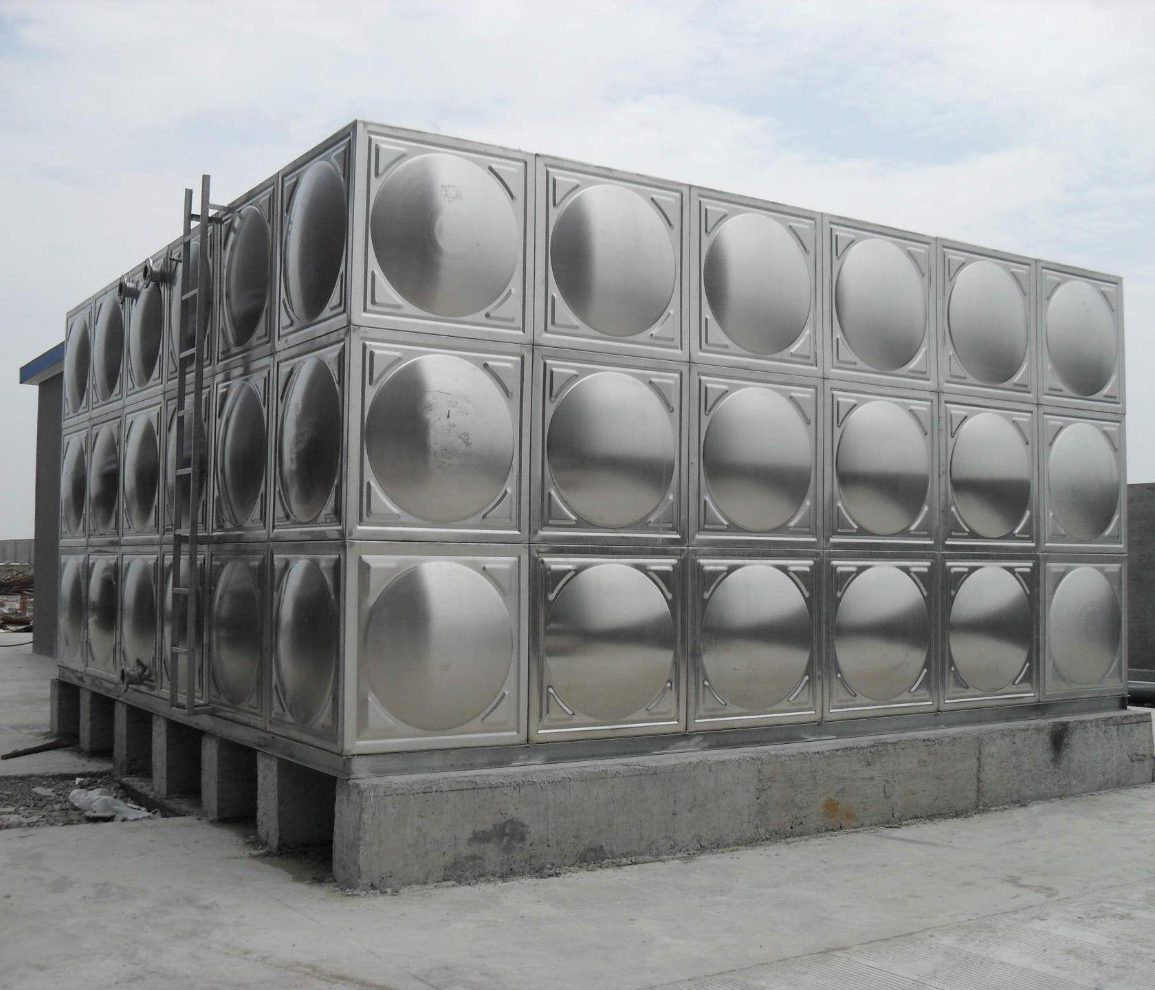 优质不锈钢焊接水箱