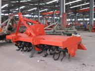 210箱式旋耕机