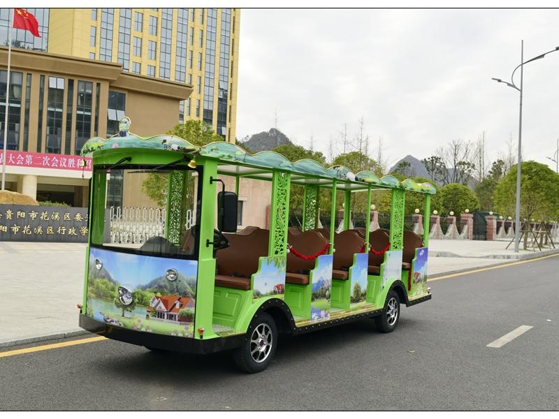 14座小叮铛燃油观光车