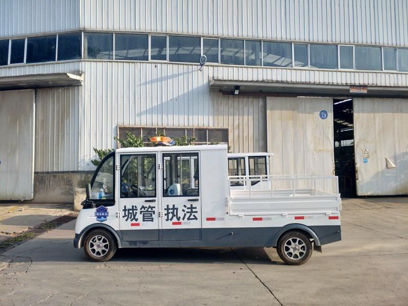 忠辉城管用5座燃油巡逻货车