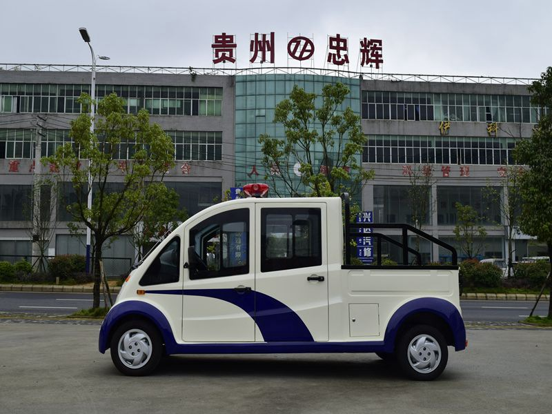 忠辉城管用5座电动巡逻货车