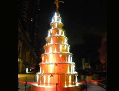制作大型圣誕樹