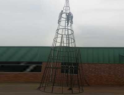 大型框架圣诞树