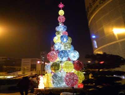商场大型圣诞树