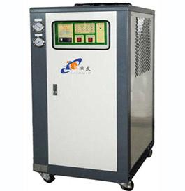 微型冷水机