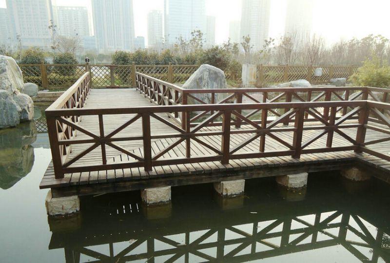 安顺防腐木护栏