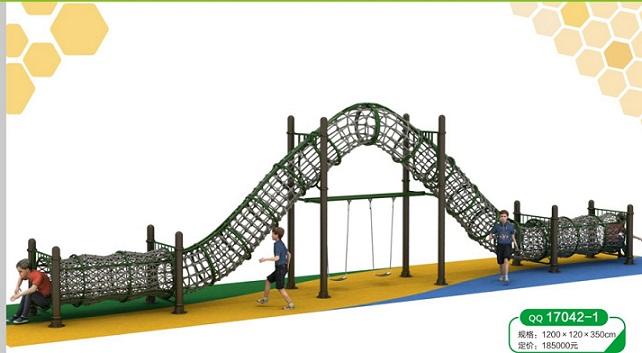 幼儿园大型滑滑梯