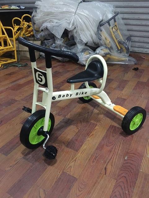 幼儿脚踏三轮车厂家