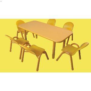 �q�儿园桌�?