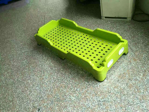武汉�q�儿园塑料床