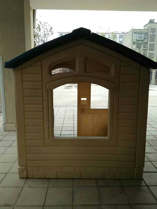 户外塑料房子