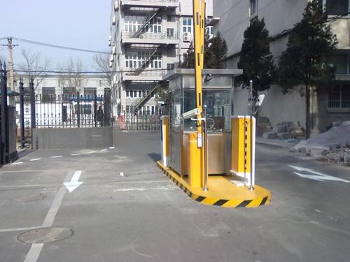 停车场道闸