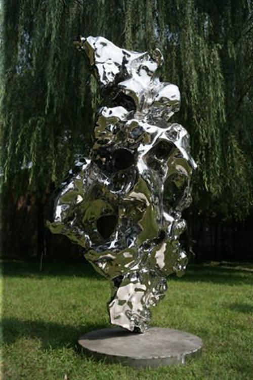 澳门皇冠官网新地址玻璃钢雕塑