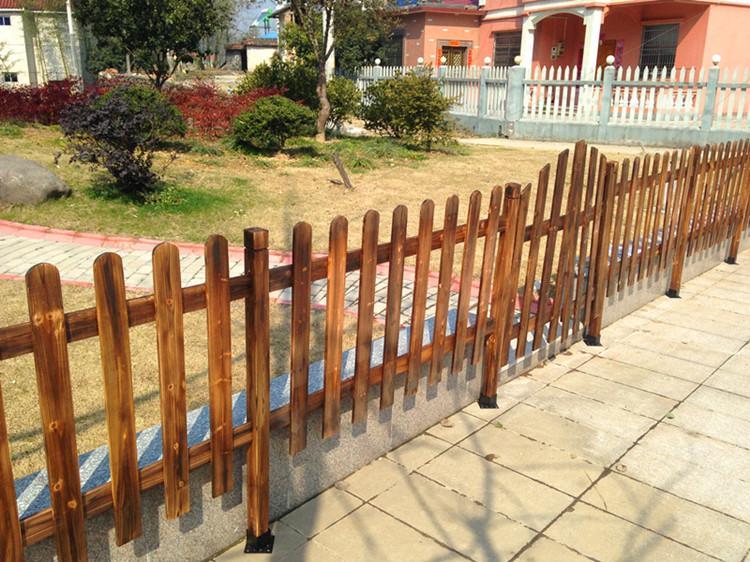 遵义防腐木栏杆