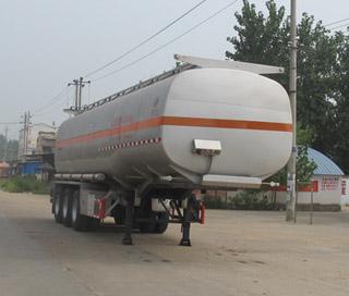 贵州东风运油半挂车