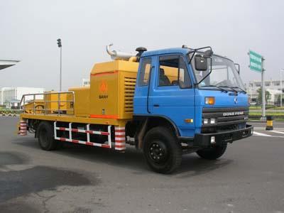 三一车载式混凝土泵车