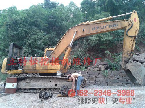 现代265-5挖掘机单一复合动作慢原因分析