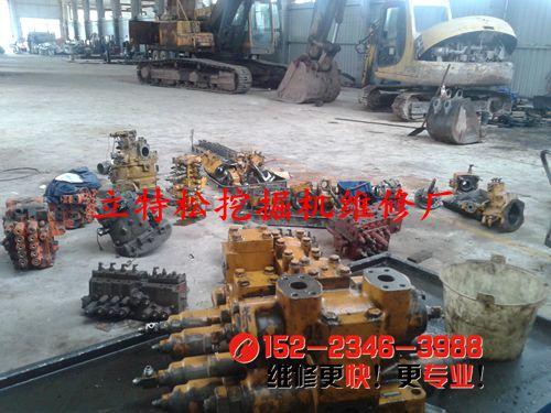 小松650-5挖掘机单一动作慢