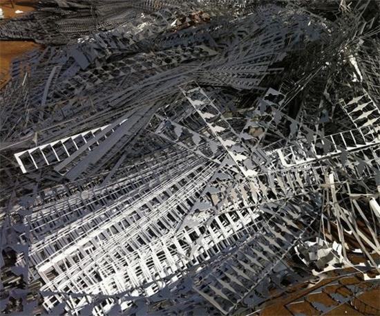 回收钢铁价格