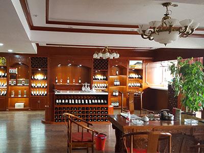 红酒展柜设计