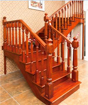 明昊木楼梯