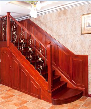木楼梯定制