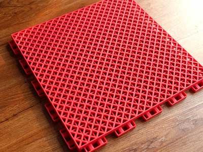 悬浮式拼接地板