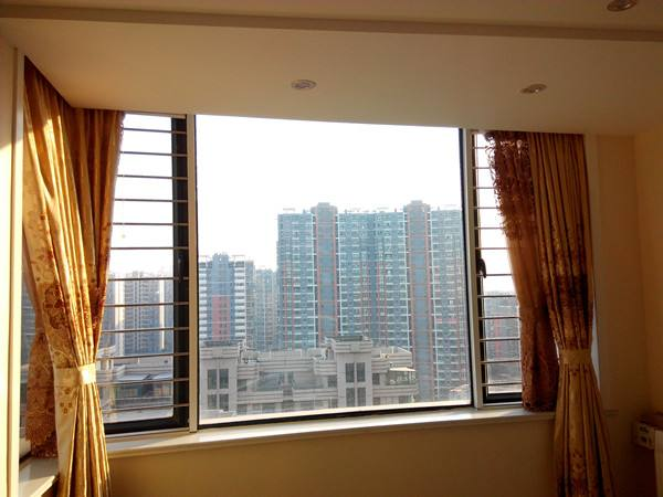 郑州隐形纱窗厂家
