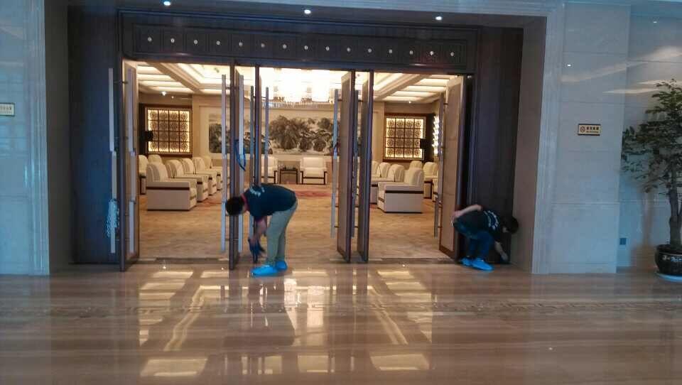 遵义地板翻新打蜡