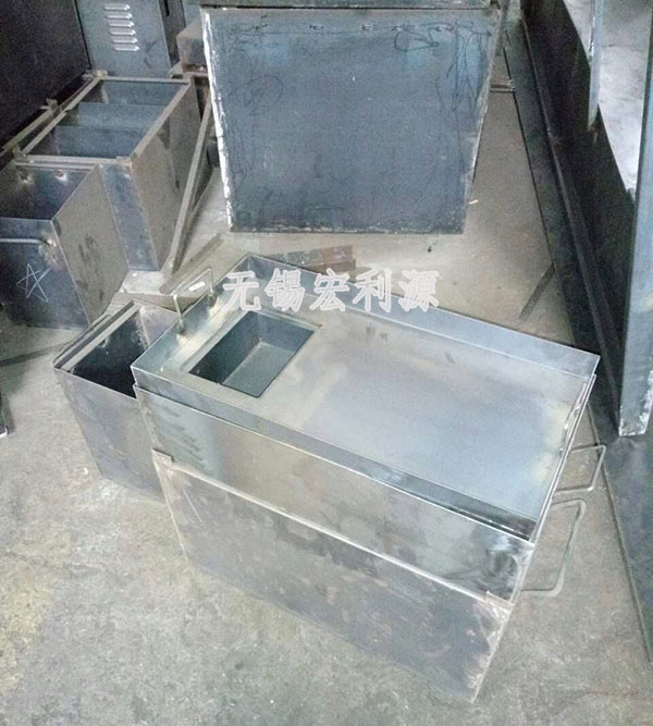 M1040:水箱