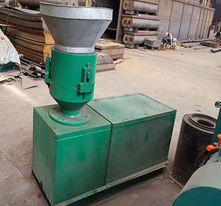 有机肥设备_平模挤压造粒机