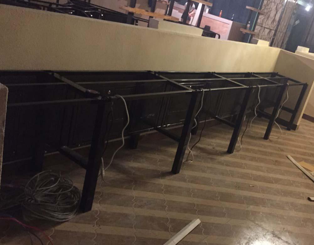 贵州�|�吧桌椅定制