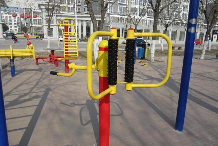 广场健身器材名称