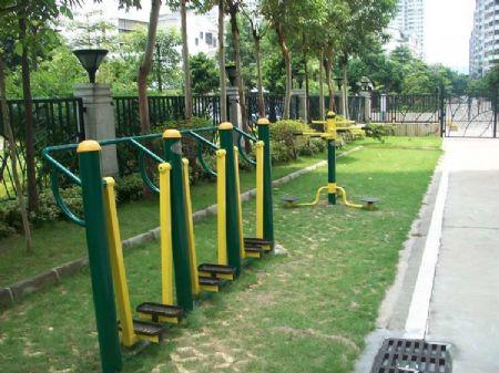 体育活动器材