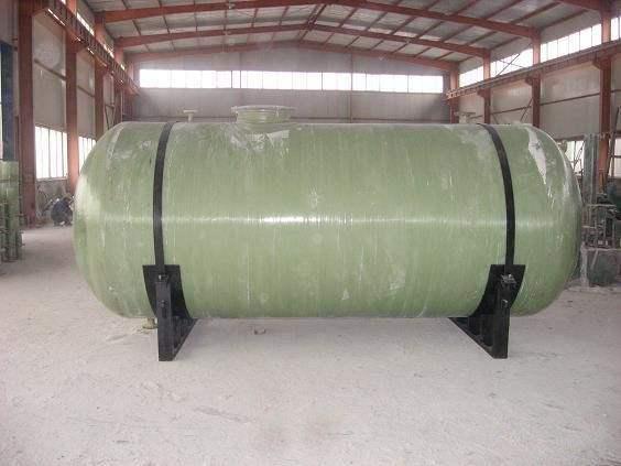 玻璃钢整体化粪池安装