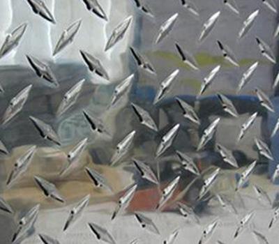 贵州铝花纹板