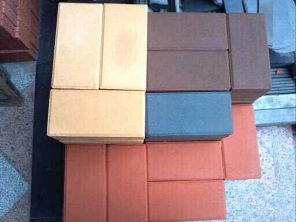 棕色烧结砖