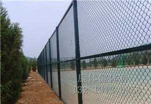 球场围网铺设