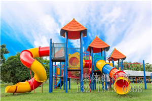 大型幼儿园滑梯