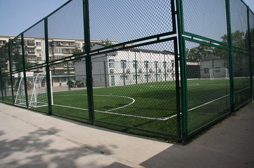 郑州足球场围网
