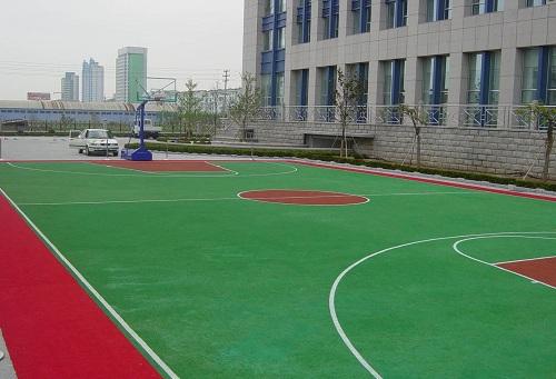 人造草篮球场