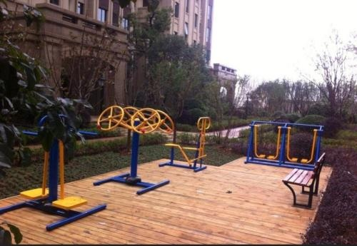 广场健身器材厂哪家好