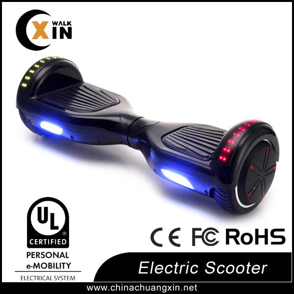умный баланс скутер с верхнего освещения и световой колеса
