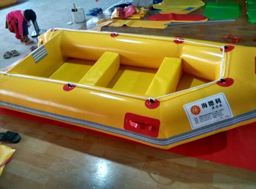 6人机动艇