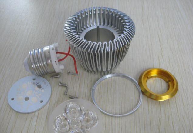 LED灯散热器供应