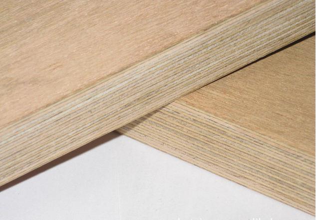 集装箱底板用胶合板