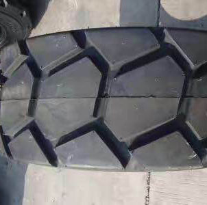 貴州叉車輪胎公司